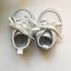 Children's Place Shoes - 🚛MOVING SALE 🚛 Children's Place white baby shoes